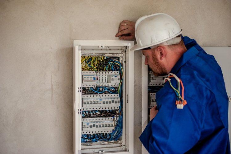 Koszt instalacji elektrycznej